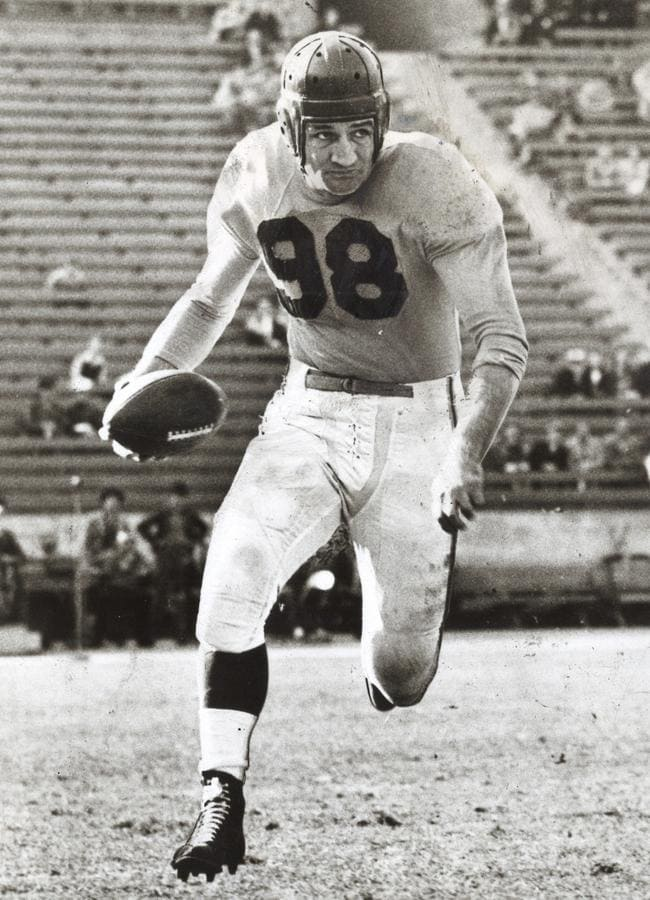 Tom Harmon in his heyday as an American football star in the 1940s.