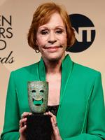 Carol Burnett with her Screen Actors Guild Life Achievement Award. Picture: Frazer Harrison/Getty Images/AFP