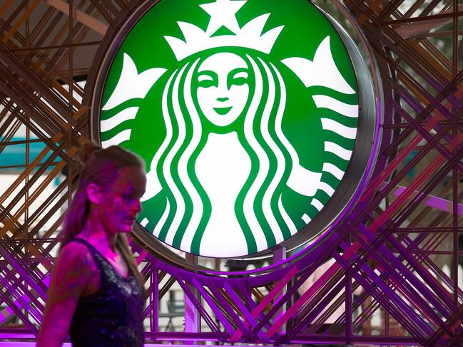 Starbucks sued for $5m over ice