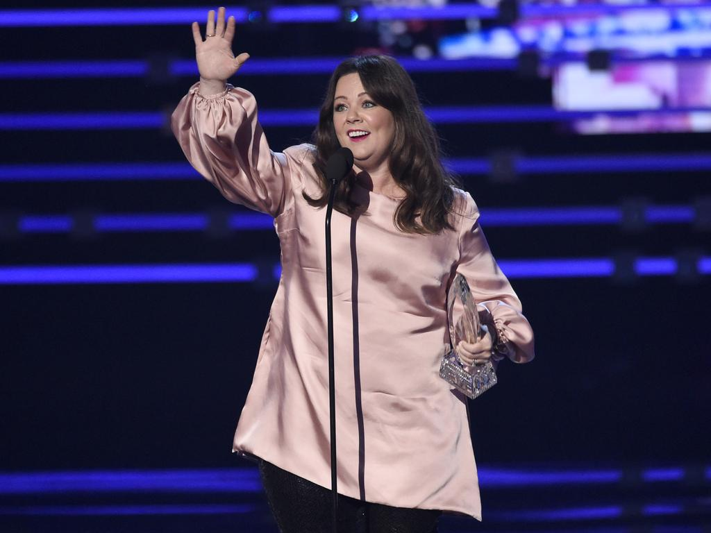 """Melissa McCarthy accepts the award for favorite comedic movie actress for """"Spy"""" at the People's Choice Awards 2016. Picture: Chris Pizzello/Invision/AP"""
