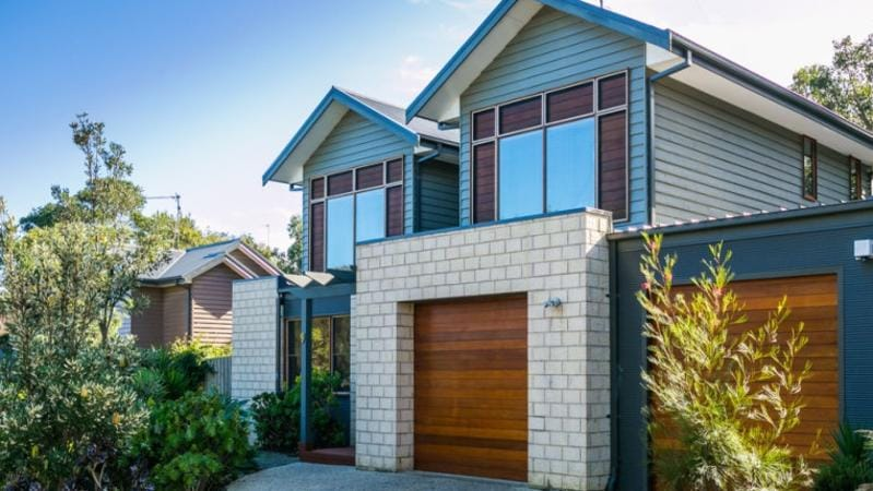 Properties are selling fast along the Surf Coast and Bellarine ...