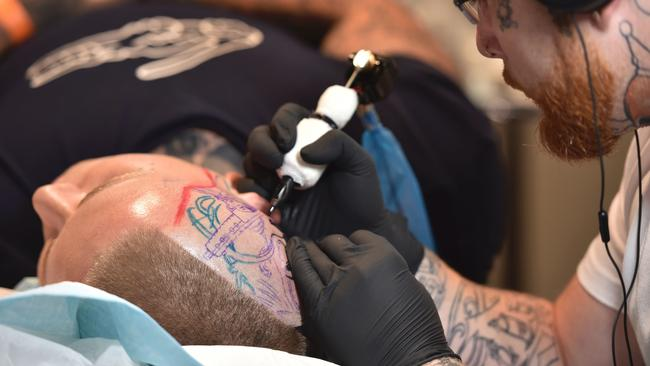Shock research warns that tattoo ink can cause cancer for Tattoo ink allergy