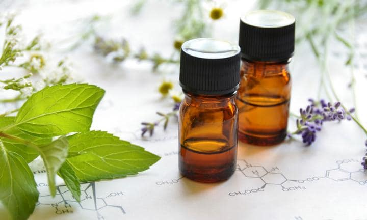 5 essential oils for the family medicine cabinet