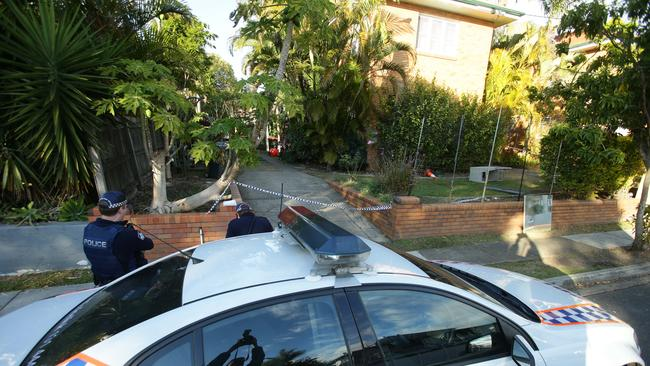 Police at the scene of a shooting in Felix Street, Wooloowin. Pic Peter Wallis