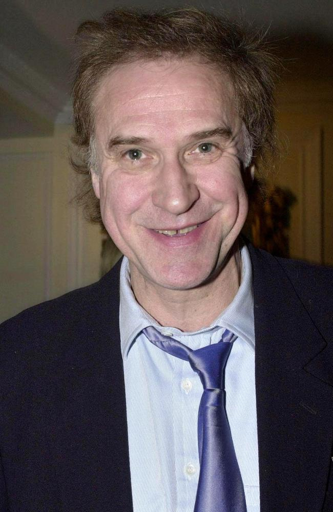 Frontman Ray Davies wants to reunite for shows in the US and UK.