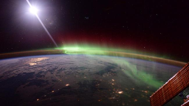 An aurora photographed from on board the International Space Station on January 20, 2016. Picture: European Space Agency (ESA),