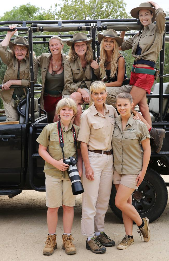 Robert, Bindi and mum Terri with the I'm A Celebrity women at a cheetah sanctuary. Picture: Nigel Wright / Network Ten / ITV Studios