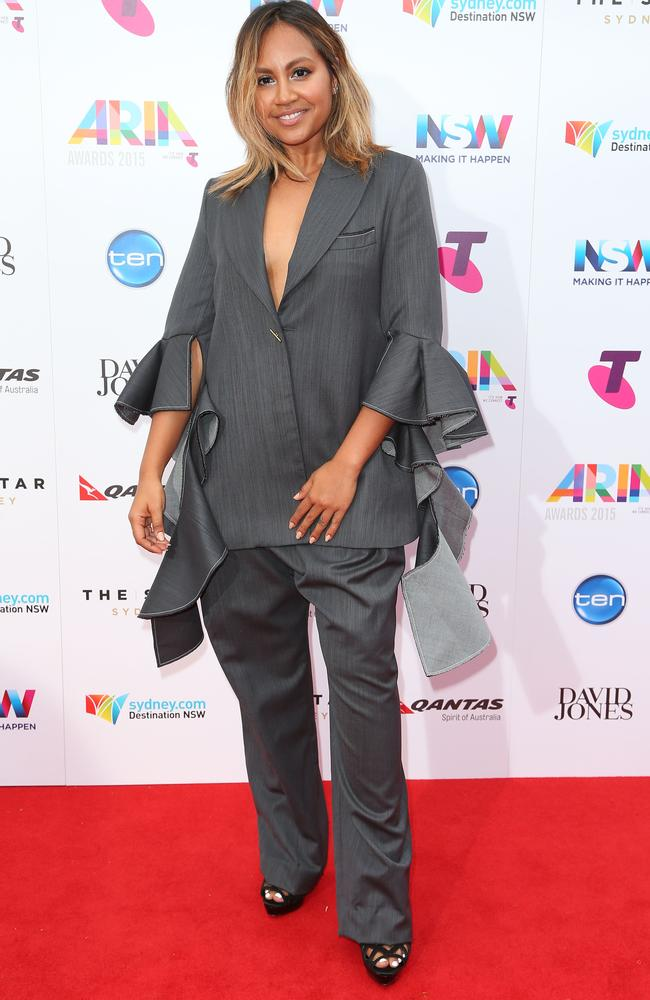 Jess and her sleeves at the 2015 ARIA Awards.