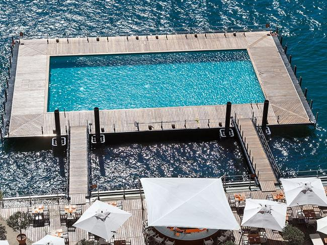 The offer for a floating pool in Sydney Harbour could look like this on at Lake Como in Italy.