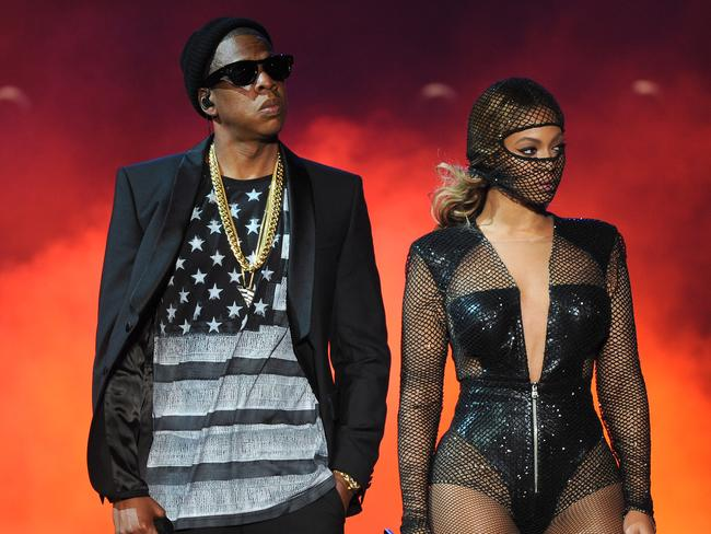 Beyonce and Jay Z perform during the On The Run tour on July 11, 2014.