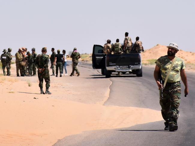 Syrian pro-government forces during the ongoing battle against Islamic State (IS) group jihadists in the northern countryside of Deir Ezzor. Picture: AFP