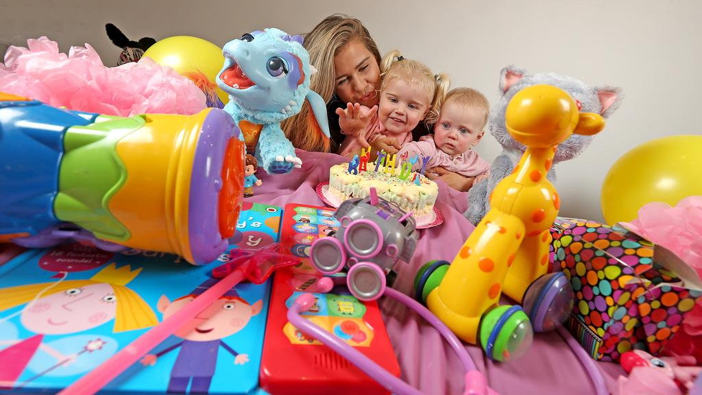 Toys For 7 Months And Up : App purposit lets parents create a gift registry for their