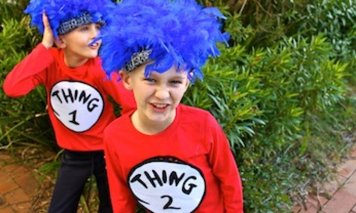 Easy costume: Thing 1 and Thing 2 costumes