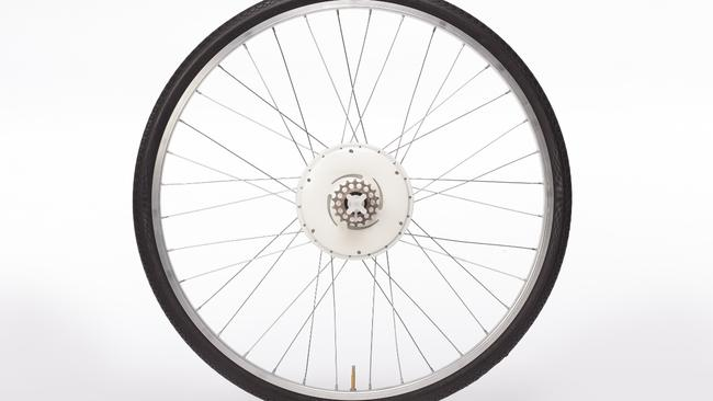 Turn your bike into a moped ... the FlyKly Smart Wheel has a motor inside.