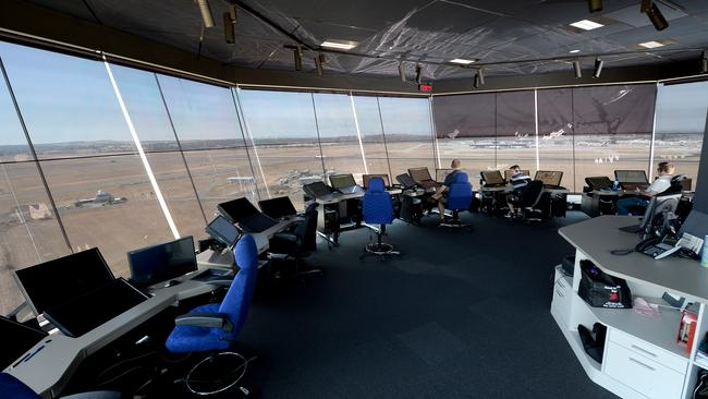 how to become an air traffic controller in australia