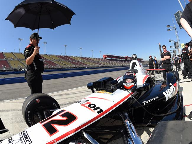 Will Power be champion at the end of 250 laps?
