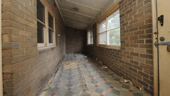 This once lived-in house at 535 Merrylands Rd, Merrylands is now run-down. Picture: Phil Rogers