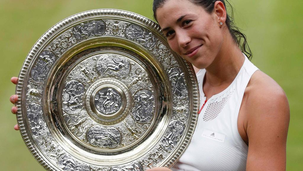 Garbine Muguruza has grabbed her second grand slam title.
