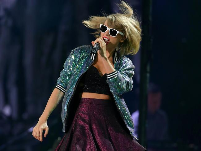 Taylor Swift rocked out in front of 50,000 fans.