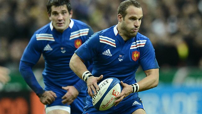 AUSTRALIA v France rugby union Test at Stade de France, north of Paris: France's flyhalf Frederic Michalak on the attack. Picture: Franck Fife