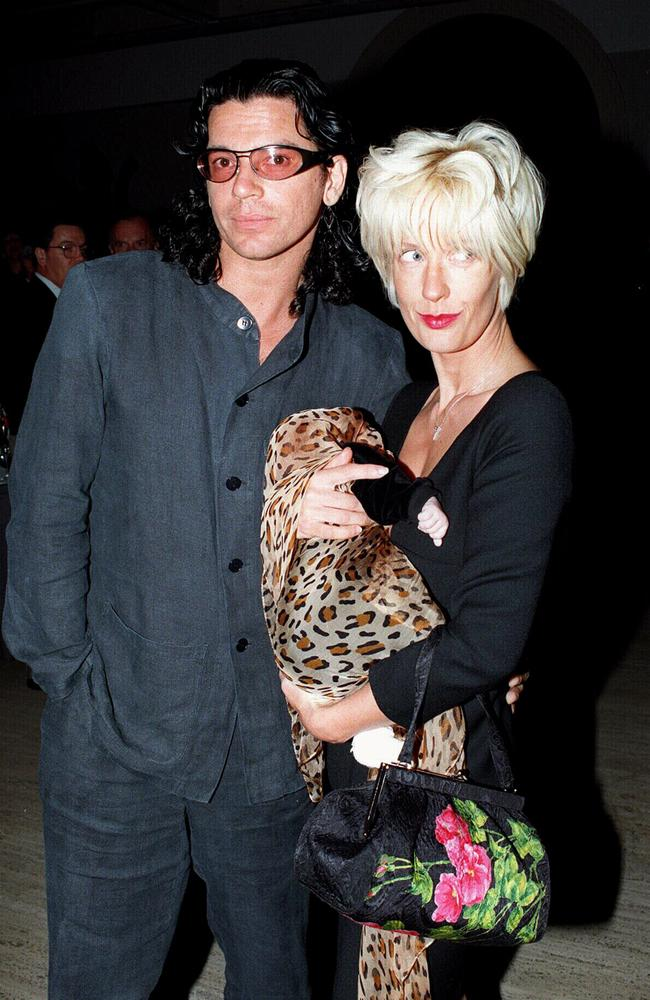 Michael Hutchence (l) with Paula Yates (r) and their baby Heavenly Haraani Tiger Lily.