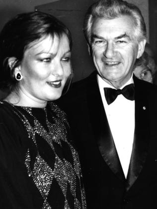 Prime Minister Bob Hawke with daughter Rosslyn Dillon in 1985.