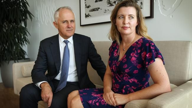 Malcolm Turnbull meets with Toni McCaffery, who lost her daughter Dana in 2009 to whooping cough.