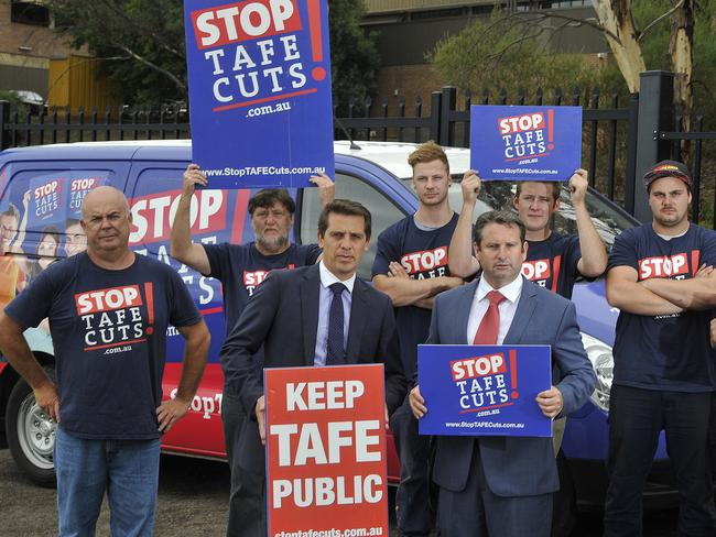 Teachers protest with then NSW opposition education spokesman Ryan Park at Campbelltown TAFE last year.