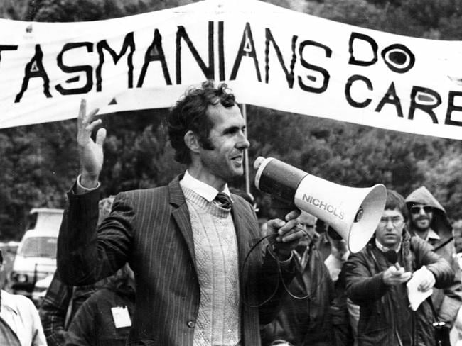 Dr Bob Brown speaks to Tasmanians at a protest rally in 1983 to stop the Franklin Dam being built. Picture: Andrew de la Rue.
