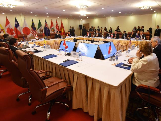 Trans-Pacific trade deal advances without US