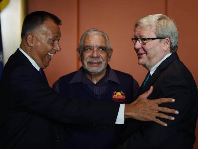 Former prime minister Kevin Rudd speaks with journalist Stan Grant and Aboriginal elder Uncle Allen Madden. Picture: AAP Image/Dean Lewins
