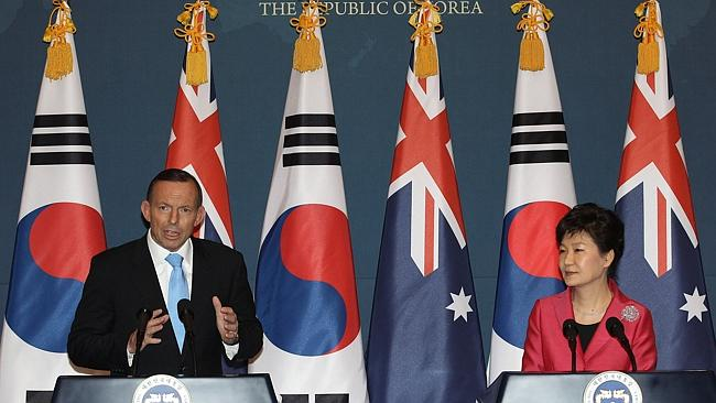 Special moment ... Prime Minister Tony Abbott met with President Park Geun-hye at the Blue House.