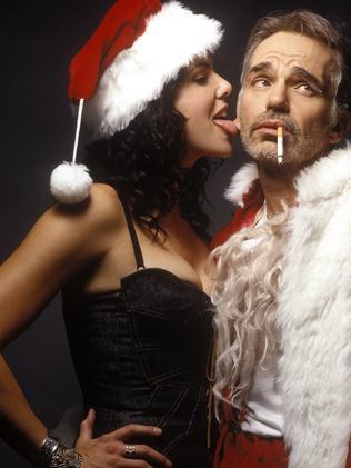 Billy Bob Thornton and Gilmore Girls star Lauren Graham in Bad Santa. Picture: Supplied