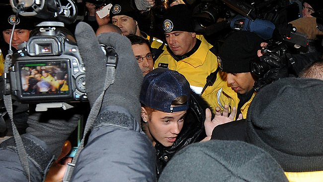 TORONTO, ON - JANUARY 29: Justin Bieber appears at a police station in connection with an alleged criminal assault on January 29, 2014 in Toronto, Canada. (Photo by Jag Gundu/Getty Images)