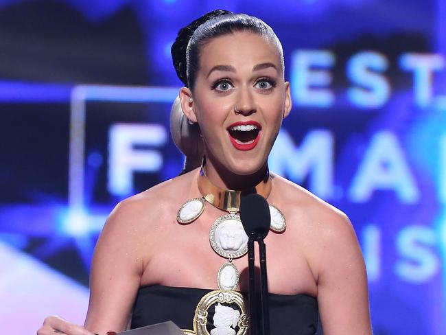 Katy Perry declared Sia Best Female Artist at the ARIA Awards in Sydney.