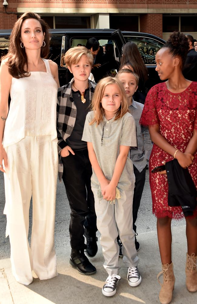 Angelina Jolie poses with her children Shiloh, Vivienne, Knox and Zahara.