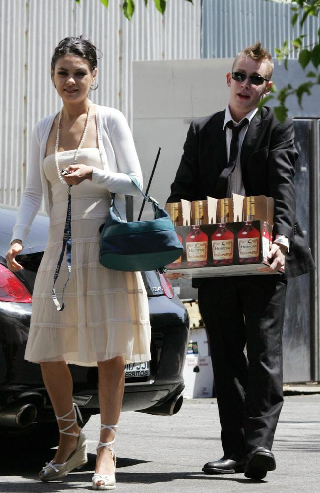 macaulay culkin mila kunis - photo #20