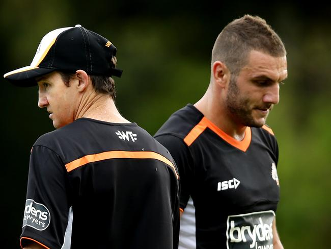 Tigers investigate Farah's comments on JT
