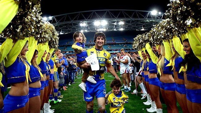 Nathan Hindmarsh walks off the rugby league field for the last time. Picture: Gregg Porteous