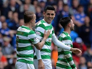 GLASGOW, SCOTLAND - SEPTEMBER 23: Tomas Rogic of Celtic celebrates scoring his sides first goal with Leigh Griffiths of Celtic during the Ladbrokes Scottish Premiership match between Rangers and Celtic at Ibrox Stadium on September 23, 2017 in Glasgow, Scotland. (Photo by Mark Runnacles/Getty Images)