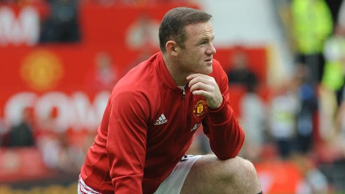 Manchester United's Wayne Rooney during the warm up before the English Premier League soccer match between Manchester United and Leicester City at Old Trafford in Manchester, England, Saturday, Sept. 24, 2016. (AP Photo/Rui Vieira)