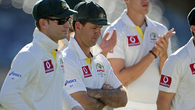 Ricky Ponting (C) with Michael Clarke (L) after Ponting's final Test match. Picture: Daniel Wilkins.