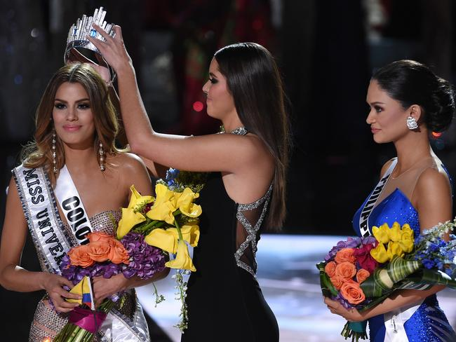 De-crowning Miss Colombia.