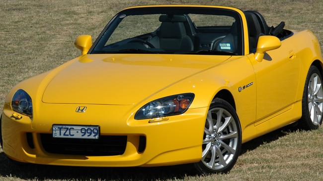 The Honda S2000 is regarded as one of the best sports cars of all time. It's bloody quick too. Yet completely legal for NSW P-platers.