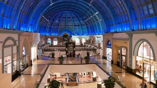Check out The Mall of Emirates, then head out for a burger. Picture: Flickr neekoh.fi