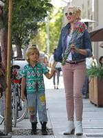 <p>Gwen Stefani looked to be on cloud nine while celebrating Mother's Day with husband Gavin Rossdale and her two adorable sons, Kingston and Zuma, in downtown LA. Picture: Snappermedia</p>  <br />