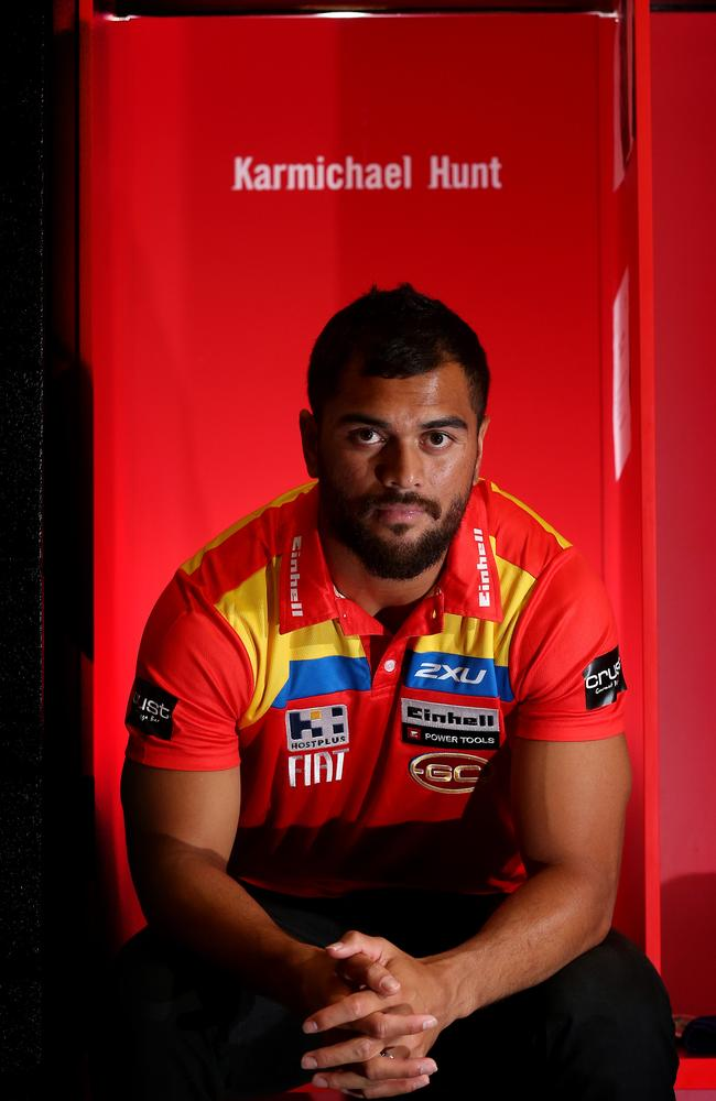 Karmichael Hunt is set to join the Queensland Reds after leaving AFL's Gold Coast Suns.