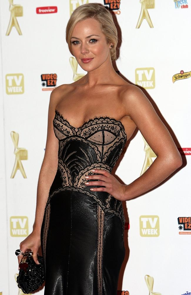 Jessica Marais looked stylish and sexy in this gown in 2010.