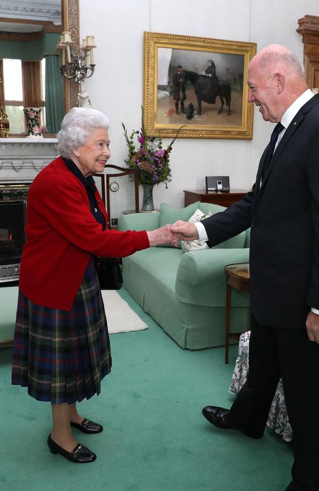 Britain's Queen Elizabeth II speaks with General Sir Peter Cosgrove, the Governor-General of Australia. Picture: AFP
