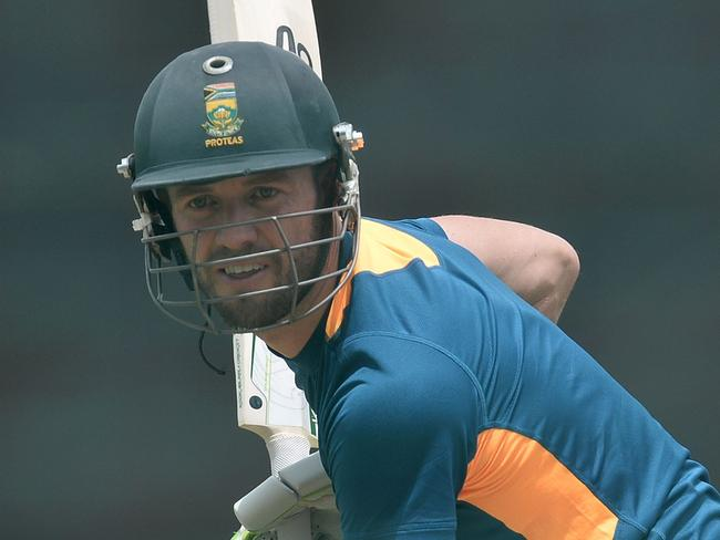 De Villiers out of Australian tour